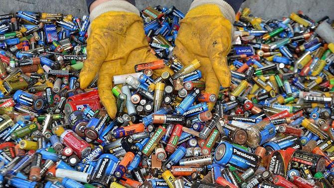 Okullar 7 ayda 350 ton atık pil topladı