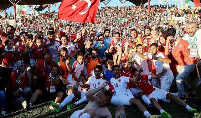 İşitme Engelli Milli Futbol takımı şampiyon