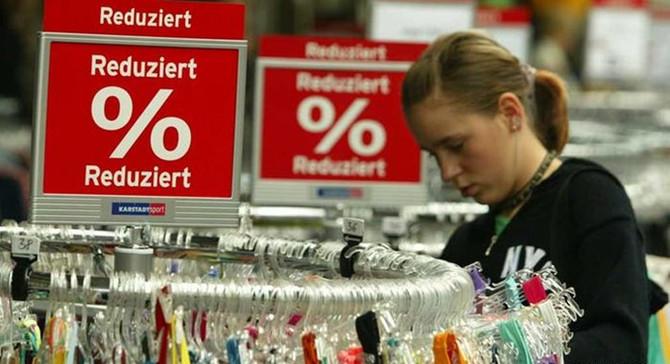 Almanya'da perakende satışlar beklentinin üstünde