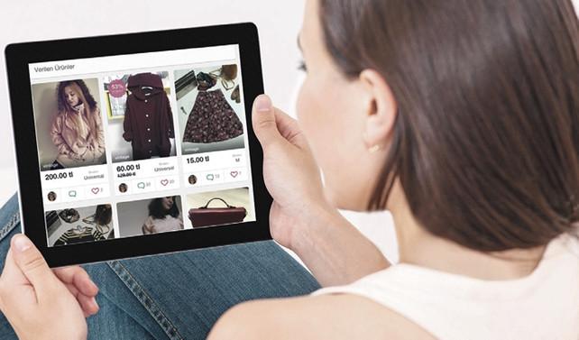 Eski elbiseyi internette satmak moda oldu