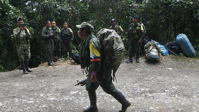 Kolombiya'da 320 FARC militanı serbest bırakıldı