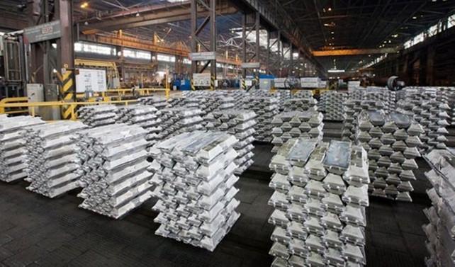 Çinko fiyatı bir yılda yüzde 74 arttı