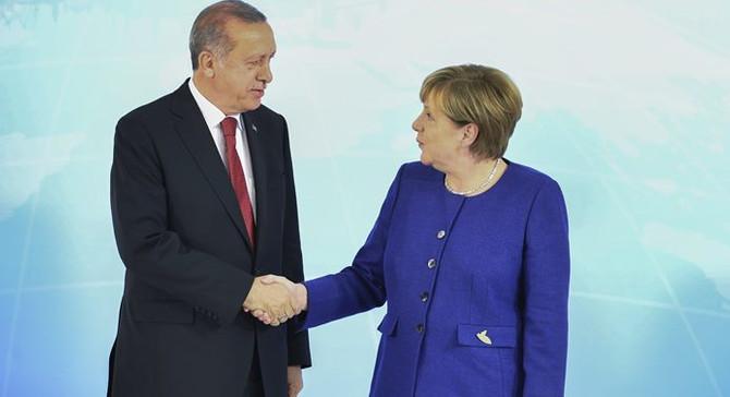 Erdoğan-Merkel görüşmesinin detayları