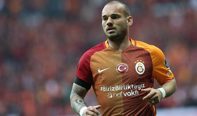 Sneijder, Galatasaray'da antrenmanlara başlıyor