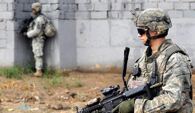 Kuzey Kore'nin yanı başında 75 bin ABD askeri