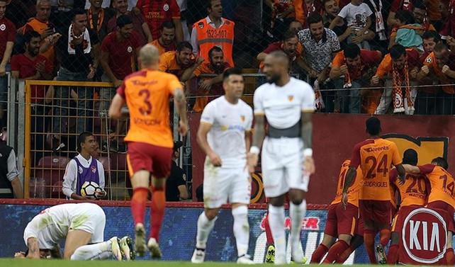 Galatasaray, galibiyetle başladı