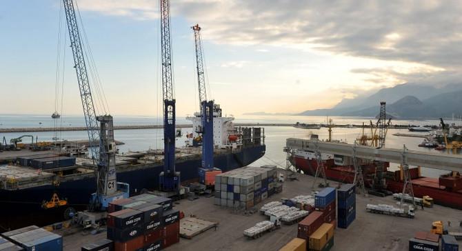 Batı Akdeniz'in ihracatı 1 milyar doları aştı
