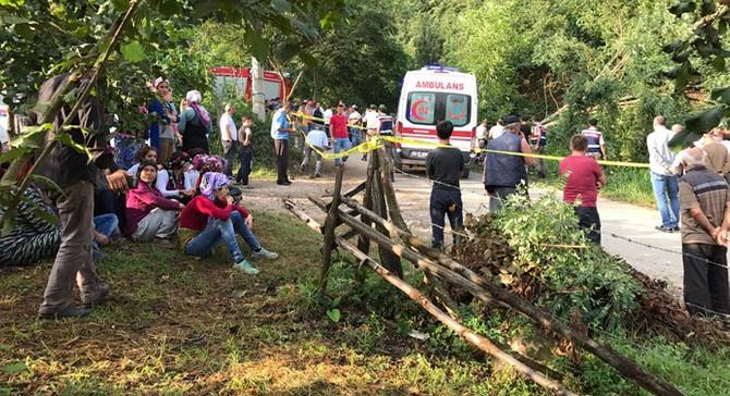 İşçileri taşıyan traktör devrildi: 7 ölü