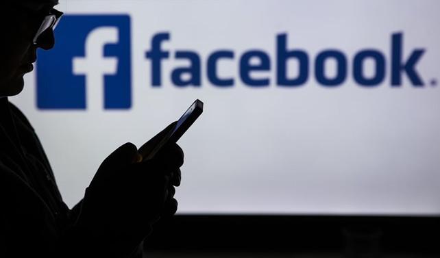 Facebook, Almanya'da 10 bin hesabı sildi