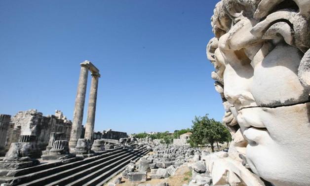Apollon Tapınağı ayağa kaldırılacak