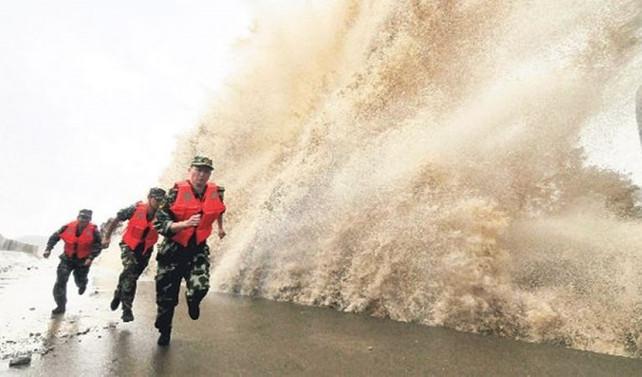 Çin'de Hato tayfunu 16 can aldı