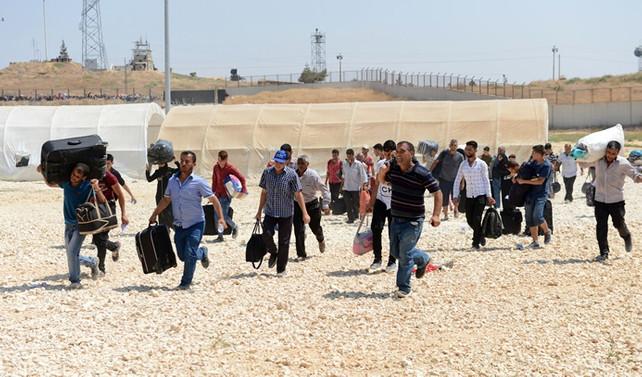 28 bin sığınmacı Suriye'ye geçti