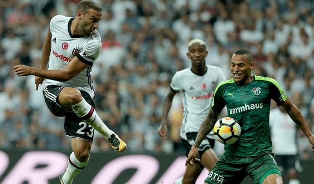 Beşiktaş, taraftarı önünde galip