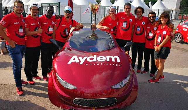 PAÜ'nün elektrikli aracına birincilik ödülü