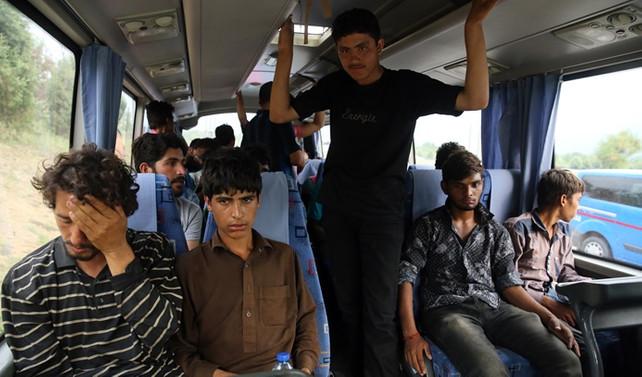 Anadolu Otoyolu'nda 63 kaçak yakalandı