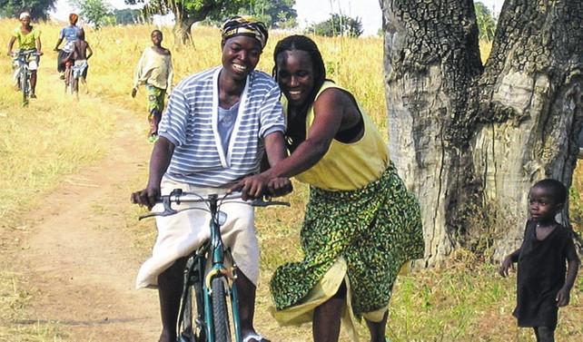 Afrikalı kadınlar için bisiklet devrimi