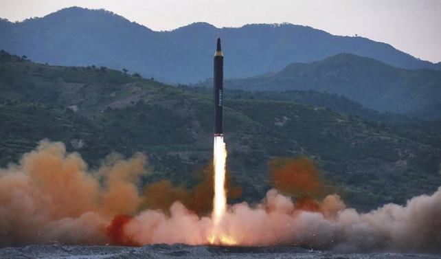 Kuzey Kore'den Guam'a saldırı tehdidi