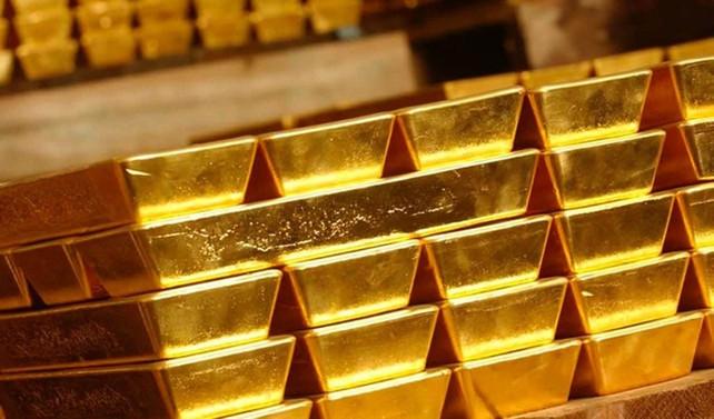 Altının onsu 1.325 dolar seviyelerinde