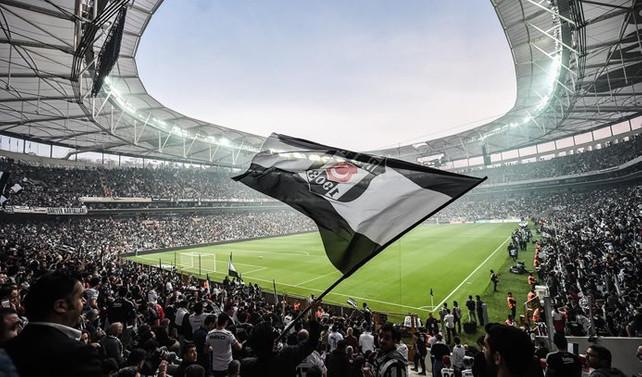 Beşiktaş'tan 4 dilde maça gelmeyin uyarısı