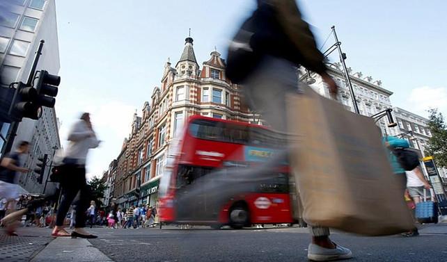 İngiltere'de tüketici harcamaları ağustosta hızlandı