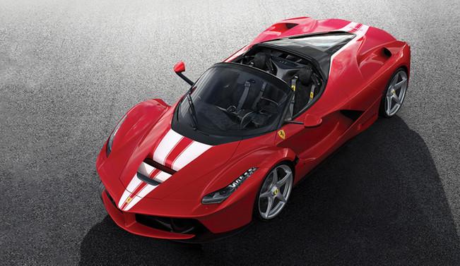 LaFerrari Aperta 10 milyon dolara satıldı