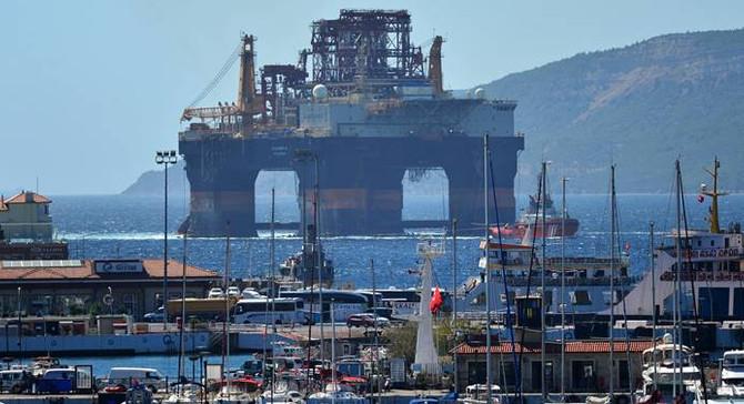 Dev petrol arama platformu Çanakkale Boğazı'nda