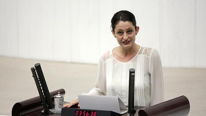 Şafak Pavey, milletvekilliğinden istifa etti