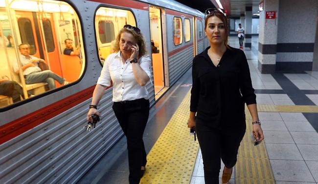 Ankara metrosunun kadın vatmanları