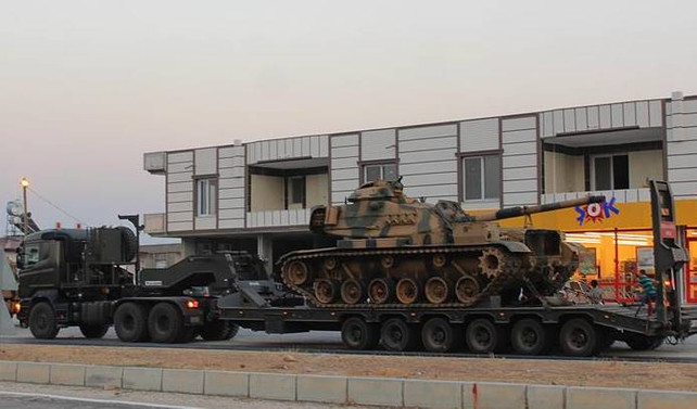 Suriye sınırına tank sevkiyatı