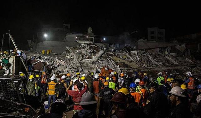 Meksika'daki depremde hayatını kaybedenlerin sayısı 273'e çıktı
