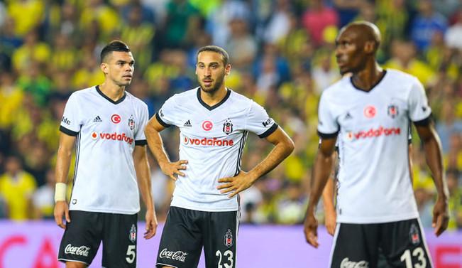 Beşiktaş derbiden ağır yaralı çıktı