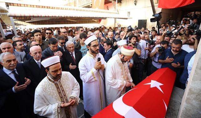 AK Parti milletvekili Yüksel son yolculuğuna uğurlandı