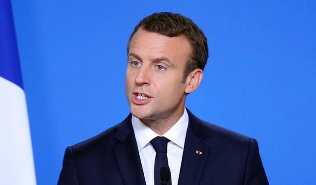 Macron'dan AB'ye eleştiri