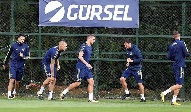 Fenerbahçe, Akhisarspor maçına hazır