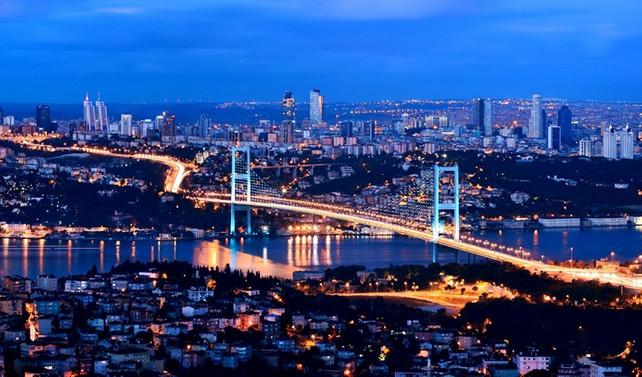 İstanbul seyahatte Avrupa üçüncüsü