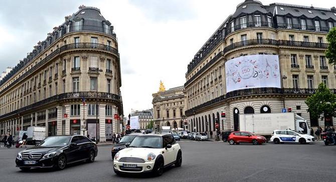 Paris kent merkezine 1 Ekim'de araç giremeyecek