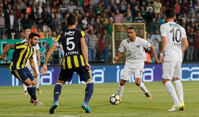 Fenerbahçe, Manisa'dan eli boş döndü