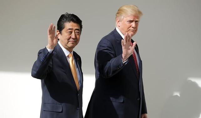 Trump ile Abe Kuzey Kore'yi görüştü