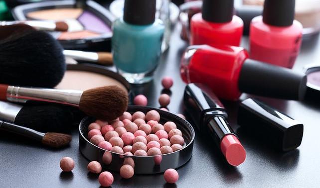 5 yılda 1.8 milyar dolarlık kozmetik ürünü ithal edildi