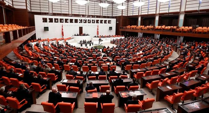 Meclis yeni yasama yılına bugün başlıyor