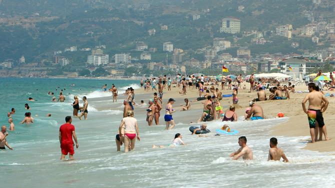 Antalya'ya gelen yabancı turist yüzde 73 arttı