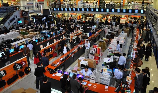 AVM'lerde teknoloji ürünü satışları tırmanışa geçti