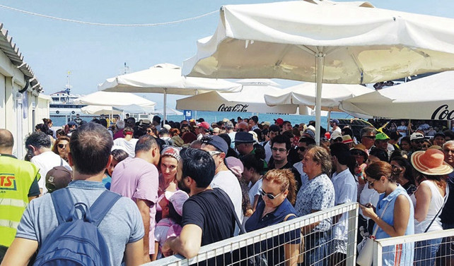 10 günlük tatilden Yunanistan, 500 milyon liralık pay aldı