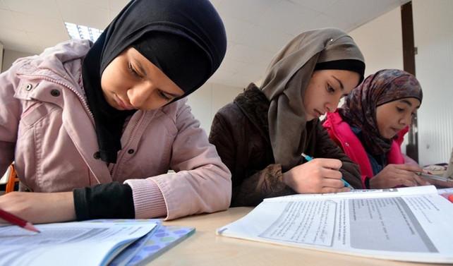Her 5 kişiden sadece biri Suriyelilerin ekonomik katkı sağladığını düşünüyor