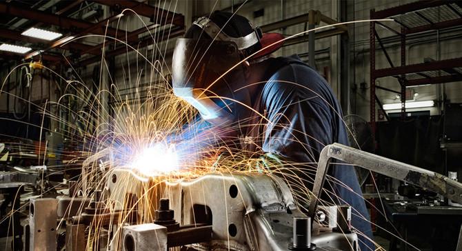 Sanayi üretimi beklentilerin üzerinde