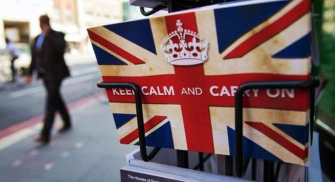 Brexit sonrası finansal kontratlar sürmeli