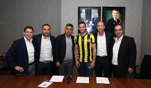 Fenerbahçe, Janssen'i kiraladı