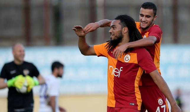 Galatasaray'dan transferde kadrosuna 10 yabancı oyuncu kattı