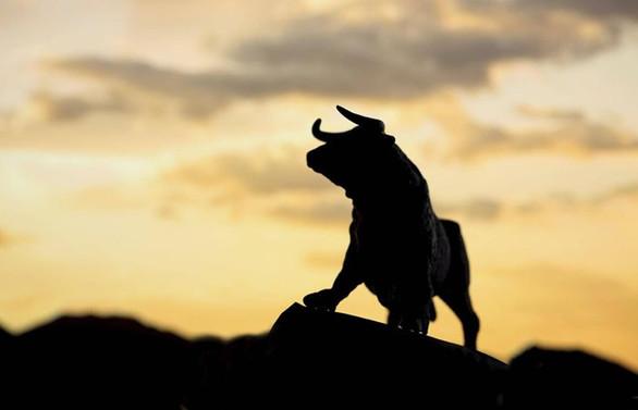 Borsa, son 5 yılın en iyi performansını sergiledi