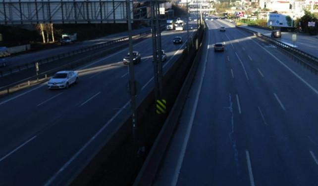İstanbul'da yollar bomboş kaldı